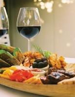 Kako izabrati pravo vino uz određeno jelo?
