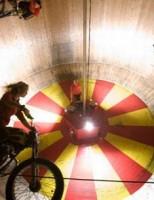 Kako nastaje centrifugalna sila?