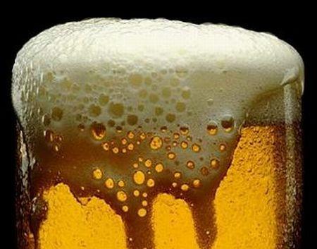 kako-ocistiti-mrlju-od-pive