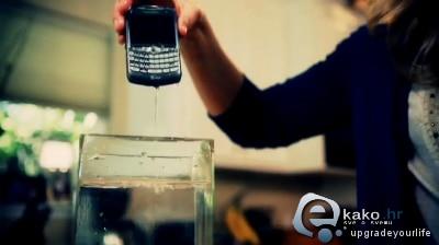 mobitel-u-vodi2