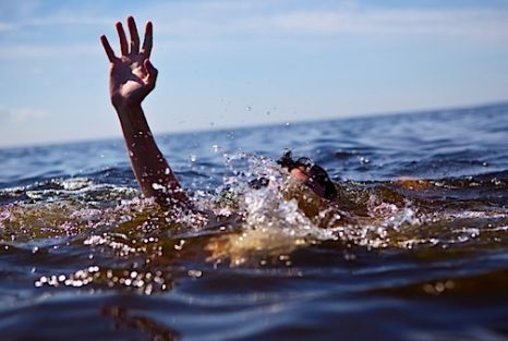 kako-pomoci-utopljeniku