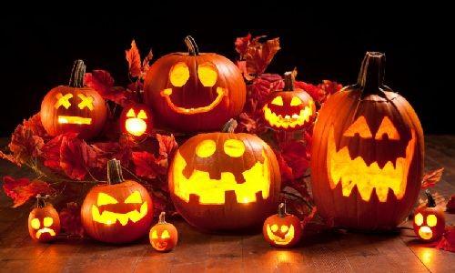 """<h2><a href=""""http://e-kako.geek.hr/kultura/obicaji/kako-je-nastao-halloween-ili-noc-vjestica/"""">Kako je nastao Halloween ili Noć vještica?<a href='http://e-kako.geek.hr/kultura/obicaji/kako-je-nastao-halloween-ili-noc-vjestica/#comments' class='comments-small'>(0)</a></a></h2>Noć vještica ili poznatije kao Halloween, svoje početke seže još do drevnog keltskog festivala koje se naziva Samhain. Kelti, koji su živjeli prije 2000 godina u području današnje Irske,Velike Britanije"""