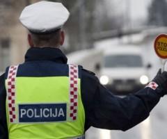 Kako se ponašati ako vas zaustavi policija?