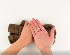 kako-napraviti-medvjedica-sa-rucnikom-3