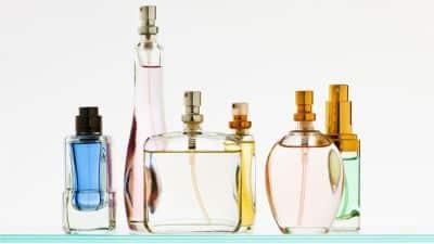 bozicni-poklon-za-nju-parfem