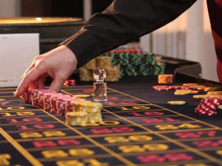 Učite od kasino profesionalaca i unaprijedite svoju vještinu