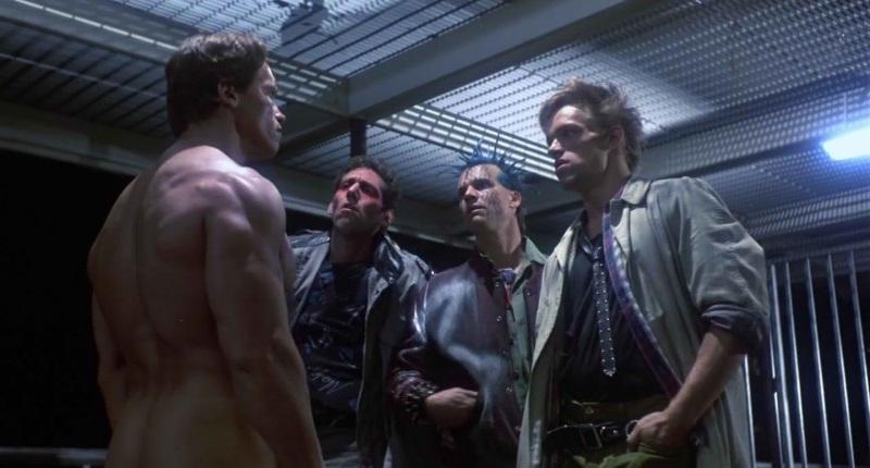 S lijeva na desno: gologuzi kiborg, dva pankera i Brian Thompson