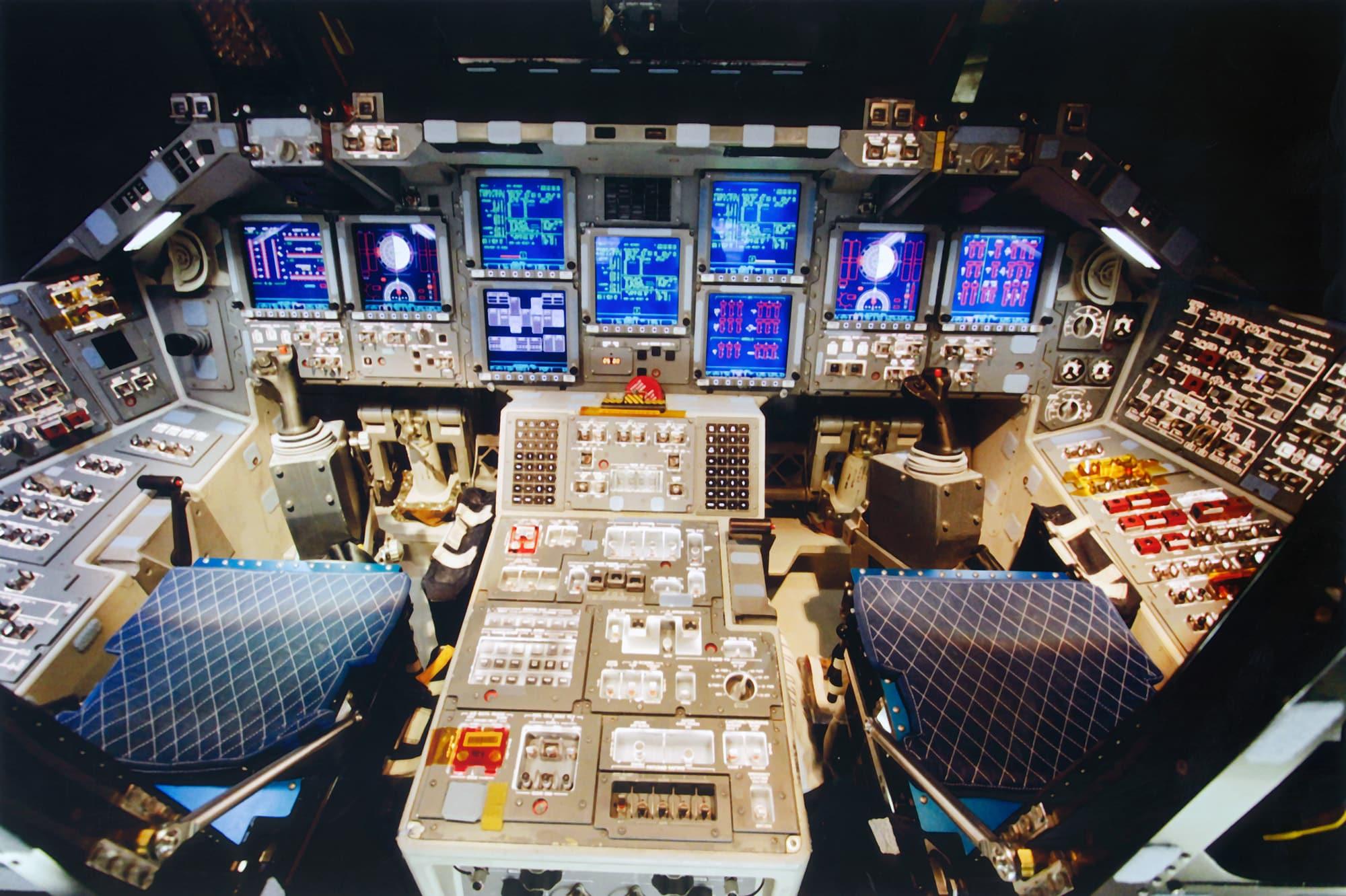 Unutrašnjost Shuttlea Discovery (Credit: NASA)