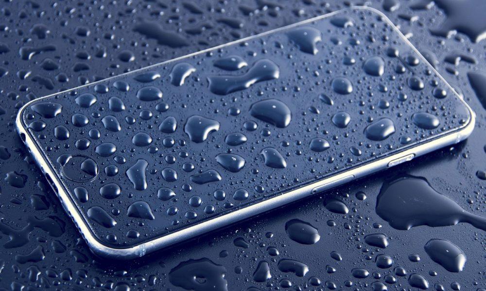 Koji su rizici korištenja vodootpornih telefona u vodi