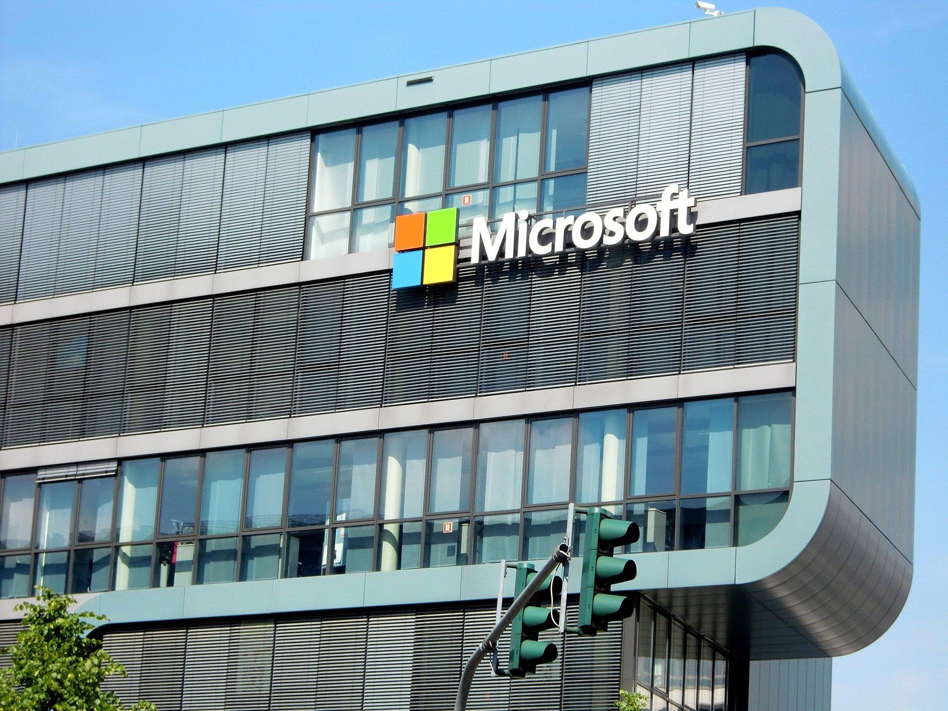 Tvrtka Microsoft zamijenit će dio novinara robotima