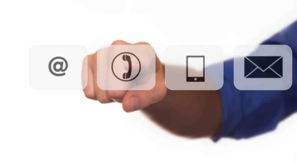 Komunikacija s radnim kolegama i poslovnim partnerima