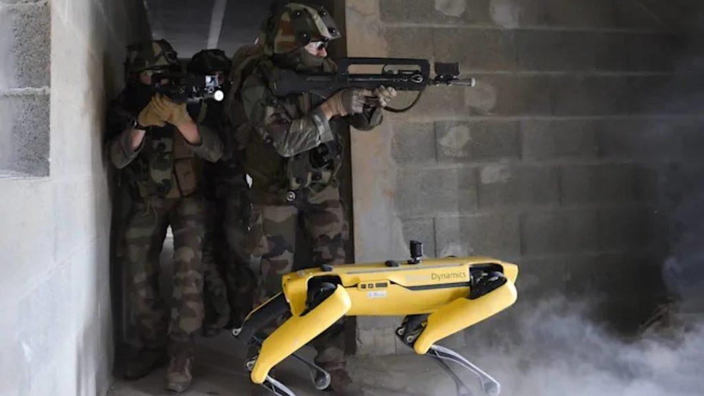 Robot Spot testiran u borbenom treningu s francuskom vojskom