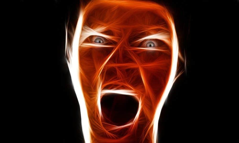 Ljutite žene sliče muškarcima