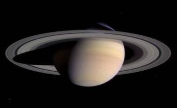 saturn-prsten