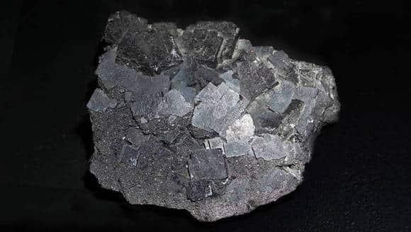 Antozonite - fluor