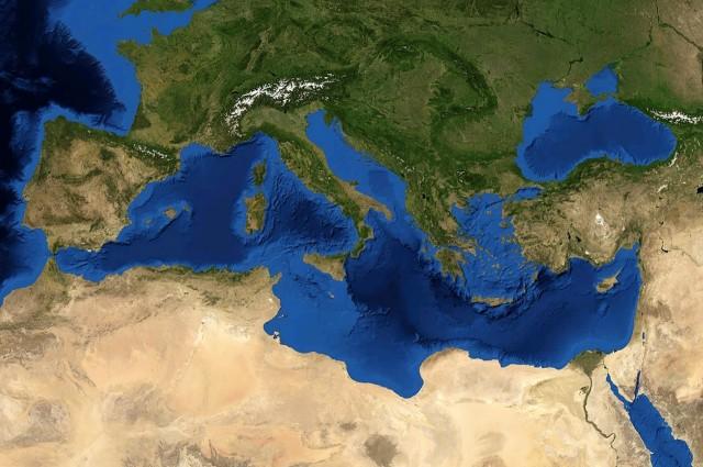 Mediterranean_Sea_16.61811E_38.99124N