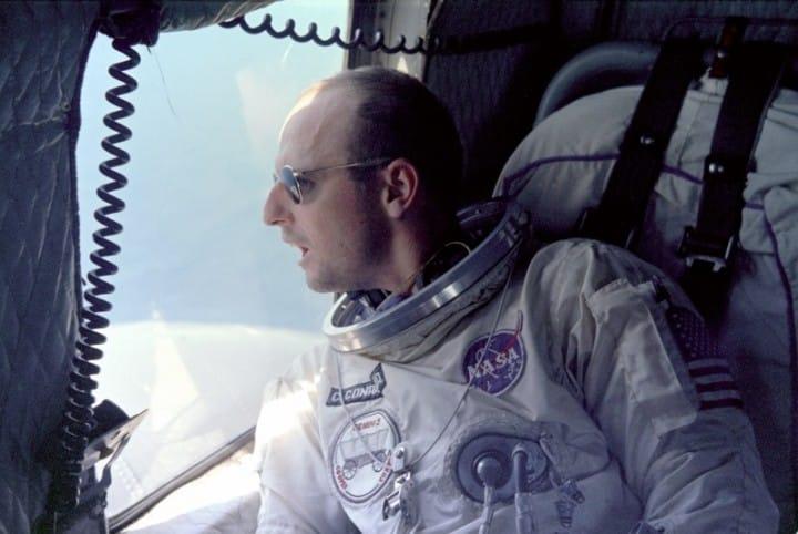 Pete Conrad bio je hipnotiziran prije misije da ne psuje prilikom izravnog prijenosa (Credit: NASA)