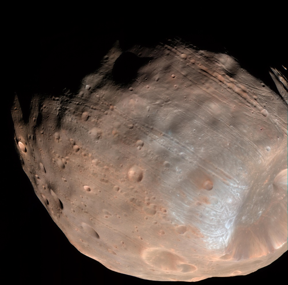 Phobos snimljen sondom Mars Reconnaissance Orbiter (Credit: Wikipedia)