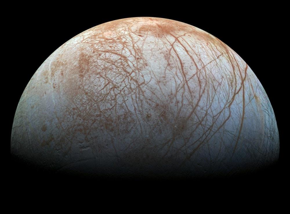 Jupiterov mjesec Europa sadrži više vode nego Zemlja (Credit: Wikipedia)