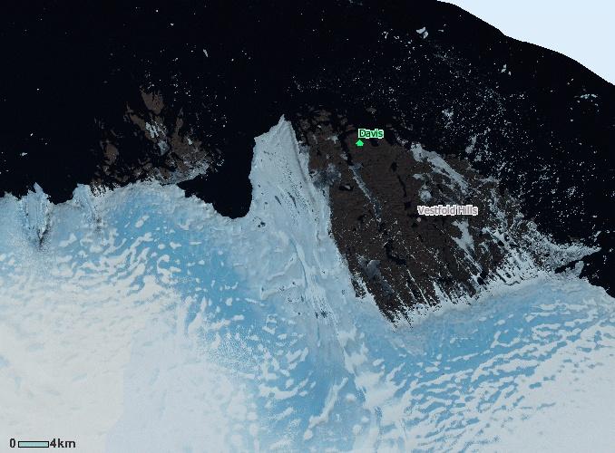 Satelitska snimka ledenjaka Sorsdal u Zemlji princeze Elizabete (FOTO: NASA Landsat)