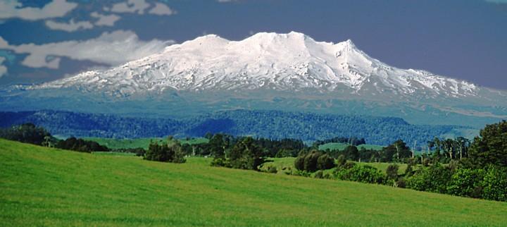Mount Ruapehu (FOTO: Michael A. Stecker)