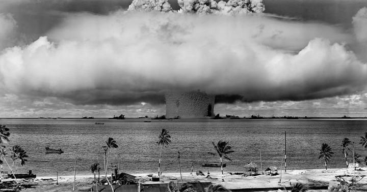 Detonacija atomske bombe Baker u sklopu projekta Crossroads, obavljena 25. srpnja 1946. (FOTO: United States Department of Defense)