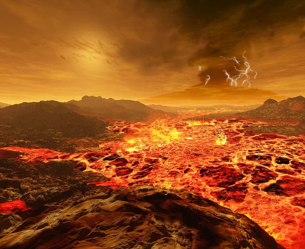 Kroz gustu atmosferu Venere zrake Sunca teško se probijaju (Credit: Ron Miller)
