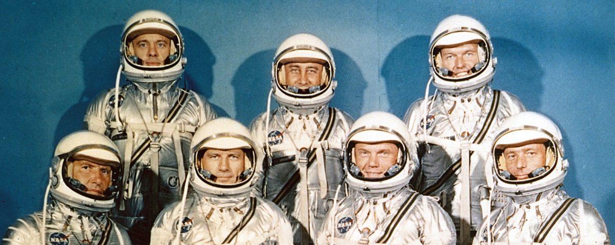"Originalna sedmorka programa Mercury - gornji red slijeva nadesno: Alan B. Shepard, Virgil I. ""Gus"" Grissom, L. Gordon Cooper; donji red slijeva nadesno - Wally Schirra, Donald K. ""Deke"" Slayton, John Glenn i Scott Carpenter (FOTO: NASA)"