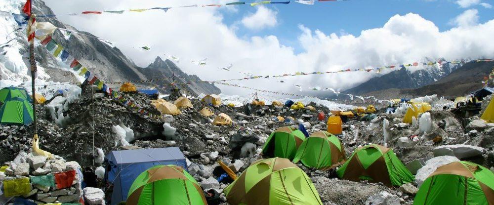 Mount Everest je pun smeća