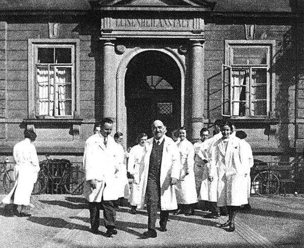 Skromni austrijski ljekar koji je supom od mrkve spasio hiljade beba