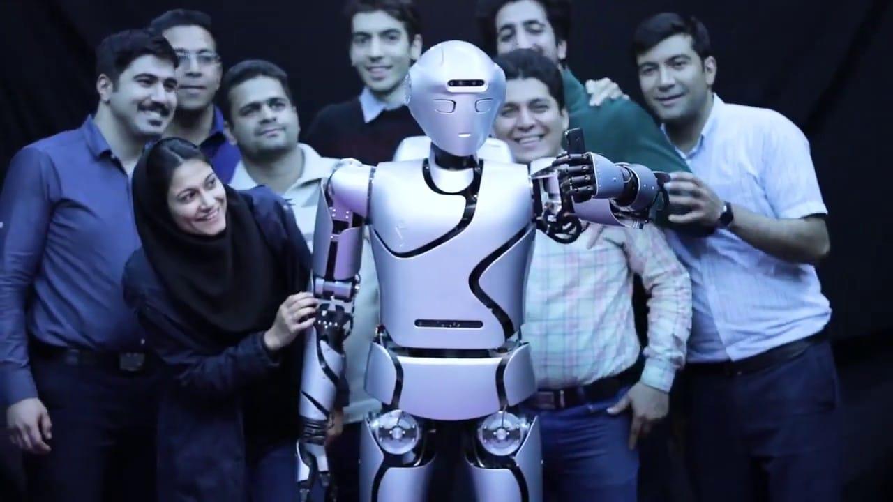 Teheran predstavio svog najnaprednijeg humanoidnog robota do sada