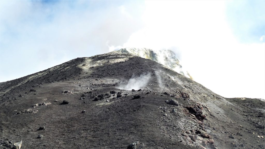 Najveći europski vulkan Etna eruptirao