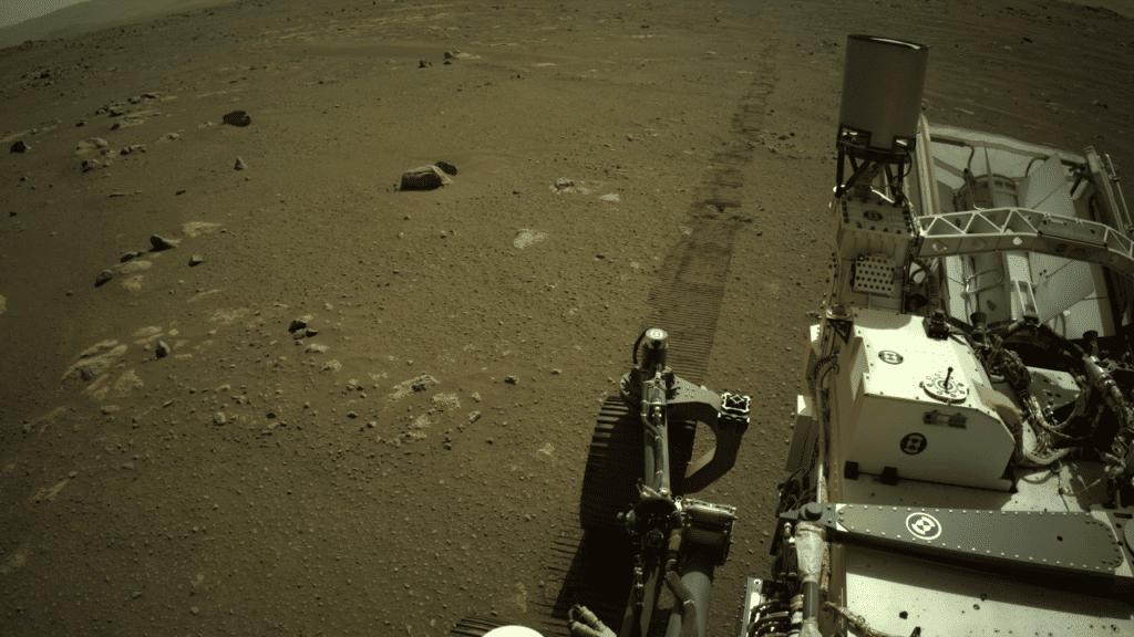NASA objavila snimku zvuka kretanja Perseverancea po Marsu