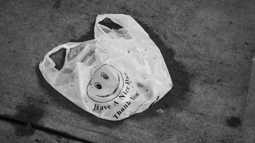 Tom Ford nudi nagradu od 1,2 milijuna dolara za izum biorazgradive plastike