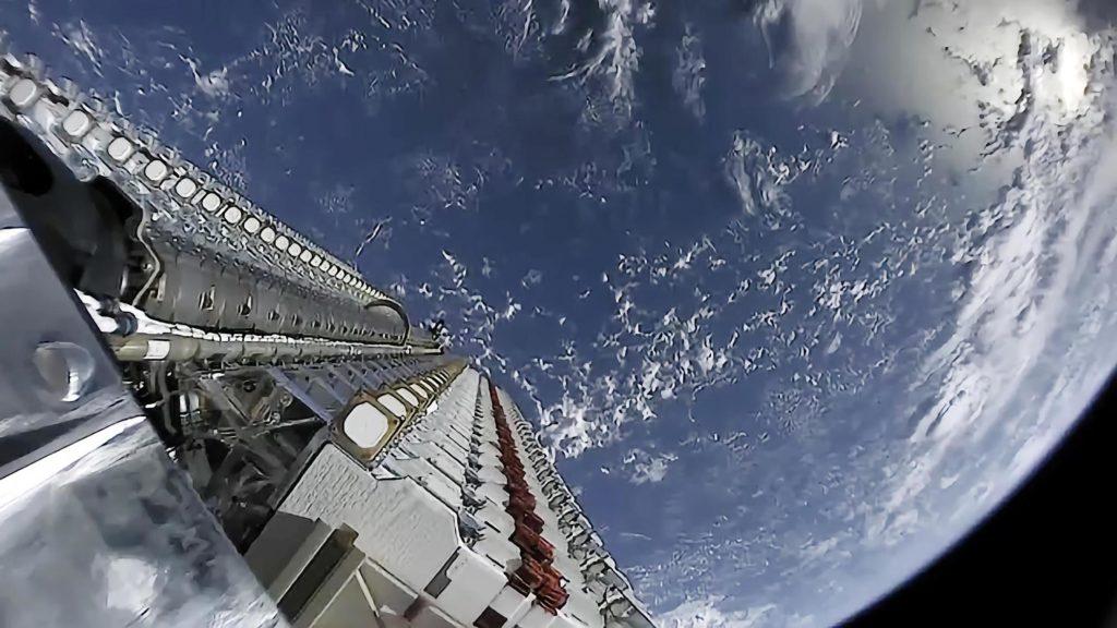 Starlink internet tvrtke SpaceX uskoro bi mogao stići i u avione