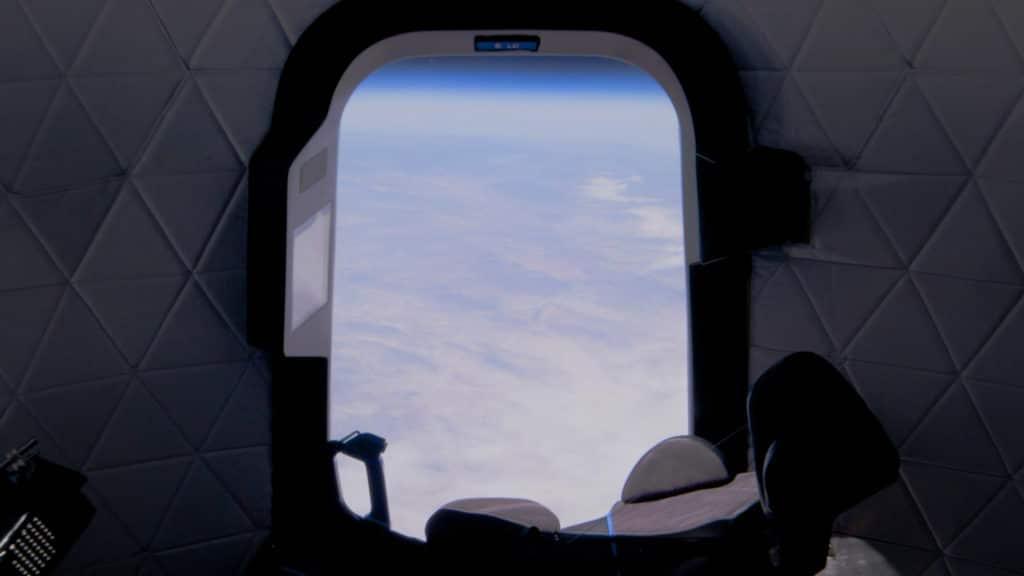 S Bezosom će u svemir poletjeti i 18-godišnjak